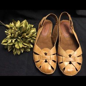 BareTraps Sandals-Leather. Size: 7.5M